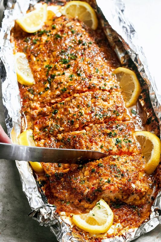 Honey-Garlic-Salmon-In-Foil-recipe